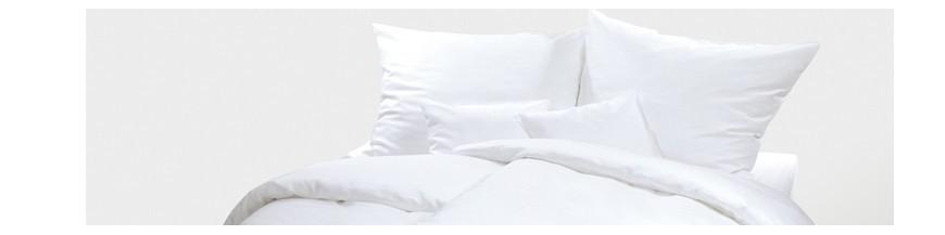 parure de lit jetable drap housse pour location de vacances g 39 plus distribution. Black Bedroom Furniture Sets. Home Design Ideas